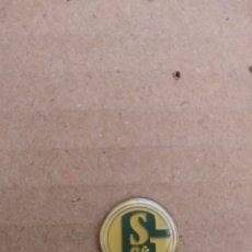 Coleccionismo deportivo: PIN SHALKE 04 - ALEMANIA. Lote 103930568