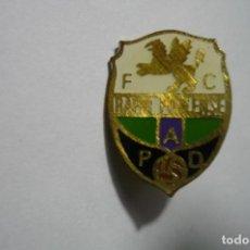 Coleccionismo deportivo: PIN FUTBOL RAPID POBLENSE -AGUJA. Lote 222663986