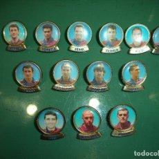 Coleccionismo deportivo: 13 PINS FCB. Lote 111328559