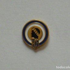 Collezionismo sportivo: PIN FUTBOL- HERCULES DE ALICANTE CLUB DE FUTBOL. Lote 259888010