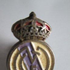 Coleccionismo deportivo: PIN REAL MADRID - 2,3X1,5. Lote 112258887