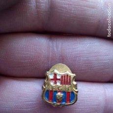 Coleccionismo deportivo: INSIGNIA OJAL ANTIGUA DEL F.C.BARCELONA. Lote 113413455