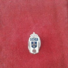 Sports collectibles - INSIGNIA REAL OVIEDO C.F. - 114310299