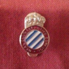 Coleccionismo deportivo: INSIGNIA R.C.D. ESPAÑOL. Lote 114344455