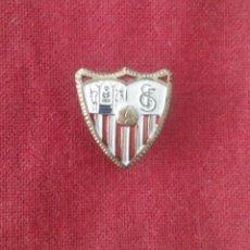 Coleccionismo deportivo: INSIGNIA SEVILLA C.F.. Lote 114346655