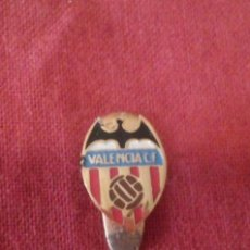 Coleccionismo deportivo: INSIGNIA VALENCIA C.F. (TAMAÑO PEQUEÑO). Lote 114347675