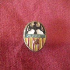 Coleccionismo deportivo: INSIGNIA VALENCIA C.F.. Lote 114347755