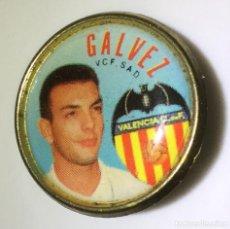 Coleccionismo deportivo: PIN DE GALVEZ DEL VALENCIA C.F TEMPORADA 95/96. Lote 114901515
