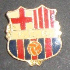 Coleccionismo deportivo: (TC-114-10) PIN F. C. BARCELONA BARÇA ESCUDO . Lote 114969523