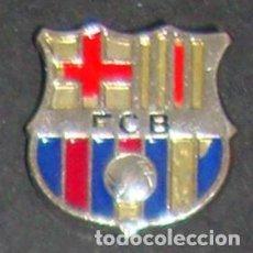 Coleccionismo deportivo: (TC-114-10) PIN F. C. BARCELONA BARÇA ESCUDO. Lote 114970463