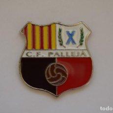 Coleccionismo deportivo: PIN C.F. PALLEJÀ. Lote 119100399