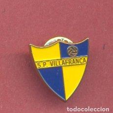 Coleccionismo deportivo: PIN S.P. VILLAFRANCA DE VILLAFRANCA DE LOS BARROS, COMPLETO CON AGUJA Y CIERRE, VER FOTOS. Lote 121990027