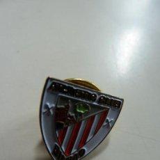 Coleccionismo deportivo: PIN ATHLETIC CLUB BILBAO. Lote 132561082