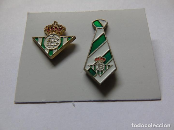LOTE DE DOS PINS DEL REAL BETIS (Coleccionismo Deportivo - Pins de Deportes - Fútbol)