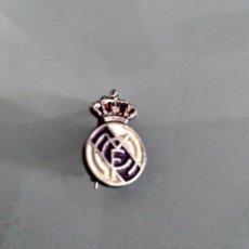 Coleccionismo deportivo: PIN ALFILER REAL DE MADRID. Lote 134089998