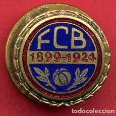 Coleccionismo deportivo: PIN FUTBOL , BARCELONA 1899 1924 , SOLAPA , ORIGINAL , B24. Lote 139099294