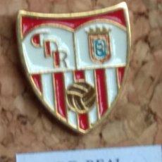 Coleccionismo deportivo: PIN FÚTBOL, C. D. REAL. Lote 143572172
