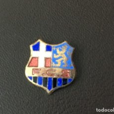 Coleccionismo deportivo: INSIGNIA ESMALTADA ALEMANIA 1FC SAARBRUCKEN INSIGNIA SIN ENGANCHE. Lote 147335170