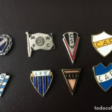 Coleccionismo deportivo: INSIGNIAS URUGUAY FUTBOL 1ª DIVISION ORIGINALES SIN ENGANCHE. Lote 147336594