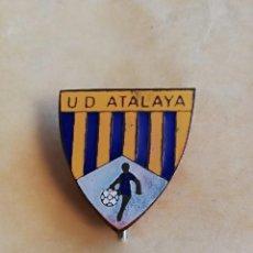 Coleccionismo deportivo: PIN CANARIAS UD ATALAYA. Lote 148553474