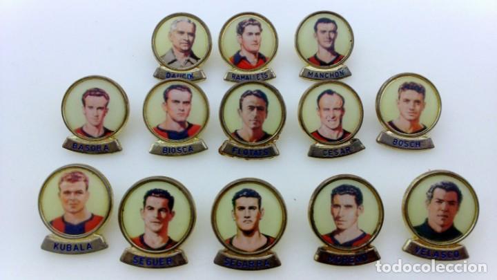 LOTE 13 PINS JUGADORES FUTBOL CLUB BARCELONA. PINS MARCA LINEVA F.C.B. (Coleccionismo Deportivo - Pins de Deportes - Fútbol)