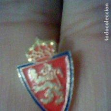 Coleccionismo deportivo: ZARAGOZA PIN FUTBOL PINTURA LACADA. Lote 155666490