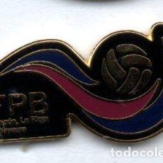Coleccionismo deportivo: PIN-FEDERACION PEÑAS BARCELONISTAS DE ARAGÓN,RIOJA Y NAVARRA. Lote 155697282