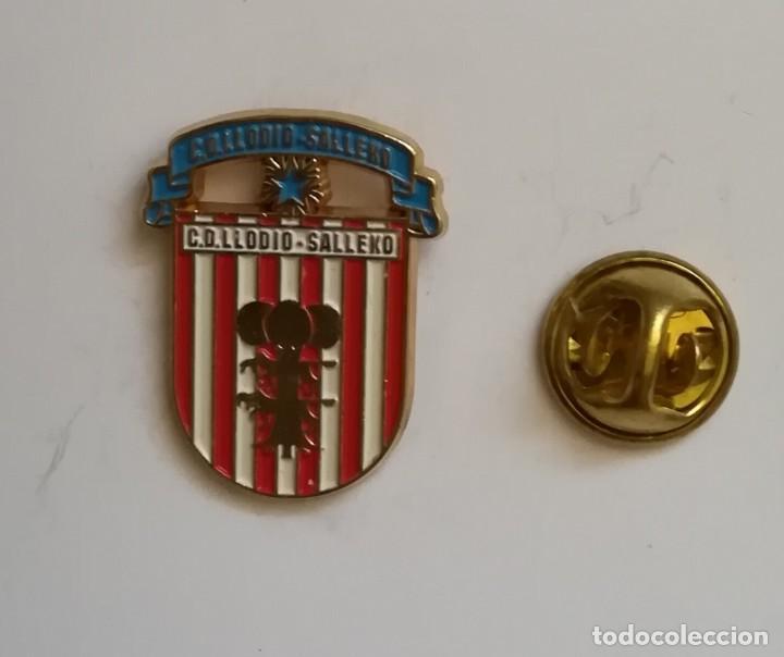 PIN FÚTBOL -CLUB DEPORTIVO LLODIO DE ÁLAVA. (Coleccionismo Deportivo - Pins de Deportes - Fútbol)