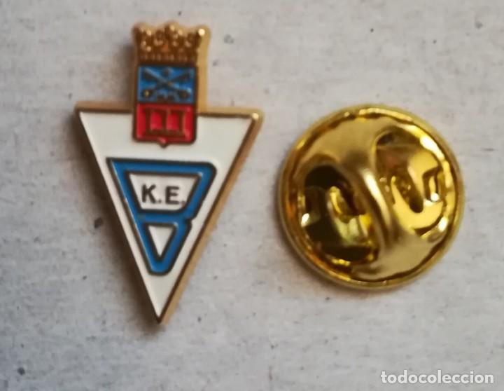 PIN FÚTBOL BERGARA DE GUIPÚZCOA. (Coleccionismo Deportivo - Pins de Deportes - Fútbol)