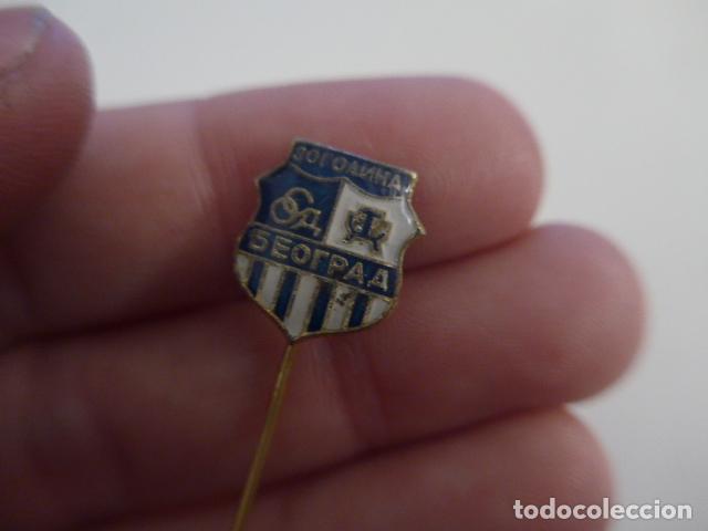 Coleccionismo deportivo: Antigua insignia creo de futbol, de grecia ? A identificar. - Foto 2 - 156342654