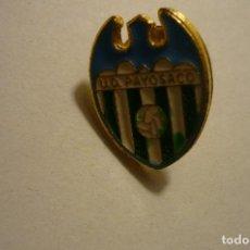 Coleccionismo deportivo: PIN FUTBOL UD PAYOSACO. Lote 156421014