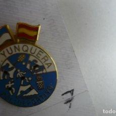 Coleccionismo deportivo: PIN FUTBOL CD YUNQUERA. Lote 156421926