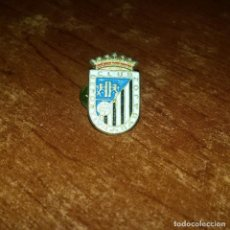 Coleccionismo deportivo: PIN CLUB DEPORTIVO BADAJOZ - PINS FUTBOL. Lote 157136590
