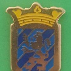 Coleccionismo deportivo: INSIGNIA/PIN DEL EQUIPO DE FÚTBOL CF CESARAUGUSTA (ZARAGOZA). Lote 157918638