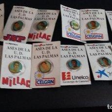 Coleccionismo deportivo: 12 PINS ASES DE LA UD. LAS PALMAS, ANTIGUOS JUGADORES. Lote 158975770