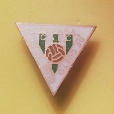 Coleccionismo deportivo: PIN DE FÚTBOL CANTABRIA. Lote 160725174