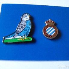 Coleccionismo deportivo: LOTE DE DOS PINS DEL REAL CLUB DEPORTIVO ESPAÑOL DE BARCELONA. Lote 161345618