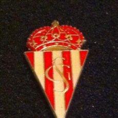 Coleccionismo deportivo: PIN ESCUDO EQUIPO FUTBOL. Lote 163608730