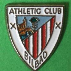 Coleccionismo deportivo: INSIGNIA/PIN DEL EQUIPO DE FÚTBOL ATHLETIC CLUB DE BILBAO (BILBAO). Lote 163741906