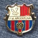 Coleccionismo deportivo: PIN PENYA BLAUGRANA ARGENTONA - FC BARCELONA . Lote 165377822