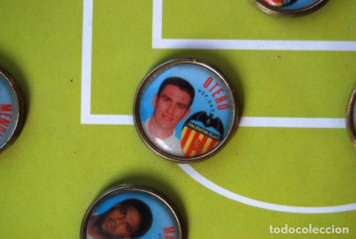 Coleccionismo deportivo: LOTE DE 21 PINS ALINEACIÓN VALENCIA C F TEMPORADA 95-96 MESTALLA LINEVA . DIFÍCIL - Foto 11 - 165994658