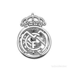 Coleccionismo deportivo: REAL MADRID PIN DE PLATA PRIMERA LEY 925. Lote 168920860