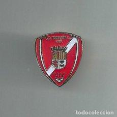 Collectionnisme sportif: INSIGNIA / PIN DE EQUIPO DE FÚTBOL - A.D. TORREJON C.F. - NUEVO ESCUDO. Lote 199415452
