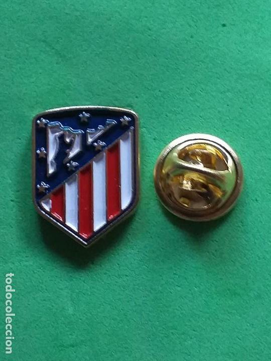 PIN FUTBOL - ESCUDO EQUIPO DE FUTBOL - ATLETICO DE MADRID ESCUDO ACTUAL (Coleccionismo Deportivo - Pins de Deportes - Fútbol)
