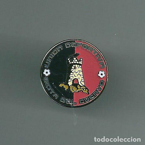 INSIGNIA / PIN DE EQUIPO DE FÚTBOL - U.D. MOTA DEL CUERVO (Coleccionismo Deportivo - Pins de Deportes - Fútbol)