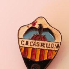 Coleccionismo deportivo: INSIGNIA OJAL SOLAPA CD CASTELLÓN - PIN CD CASTELLÓN. Lote 171639198