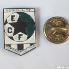 Coleccionismo deportivo: PIN FUTBOL - ESCUDO DEL EQUIPO - ESTRELLA C.F. - SARDINAS DEL SUR - CANARIAS. Lote 173625762