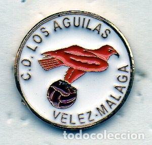 LOS AGUILAS C.D.-VELEZ-MALAGA (Coleccionismo Deportivo - Pins de Deportes - Fútbol)