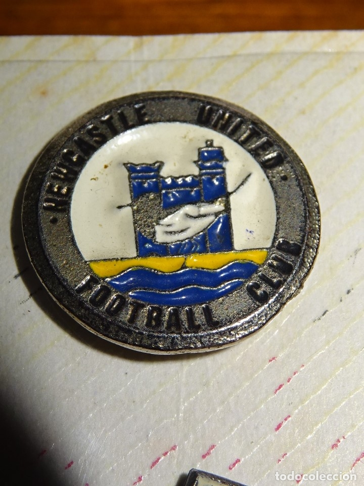 PIN FUTBOL NEWCASTLE (Coleccionismo Deportivo - Pins de Deportes - Fútbol)