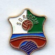 Coleccionismo deportivo: PIN DE FUTBOL-REOCIN S.D.-PUENTE DE SAN MIGUEL-CANTABRIA. Lote 177190554